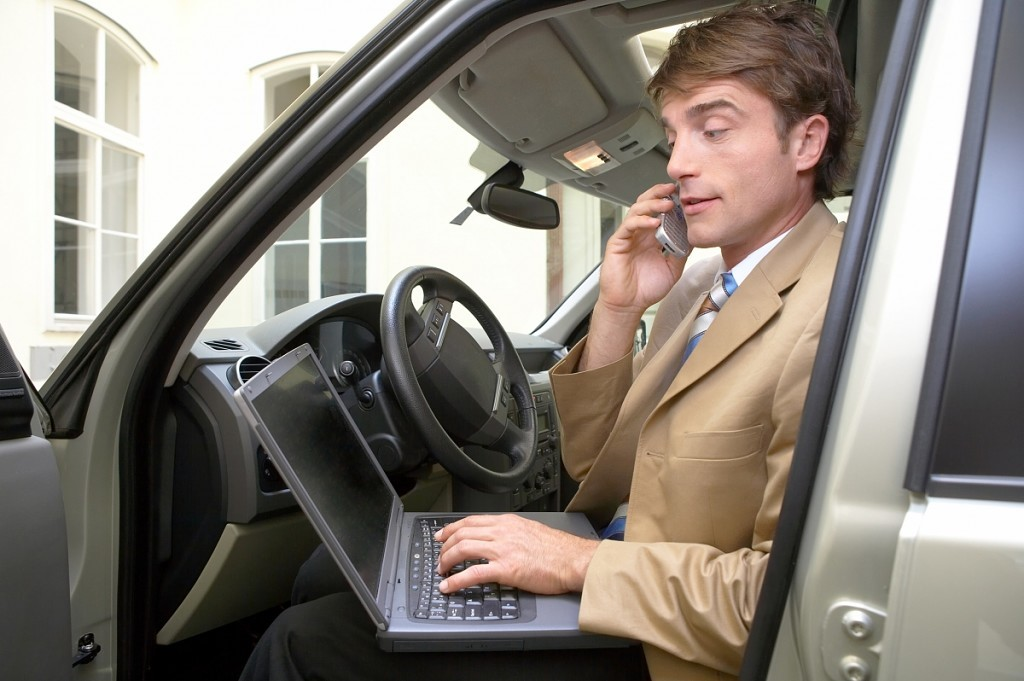 Компенсация за использование личного авто включается в расходы по УСН